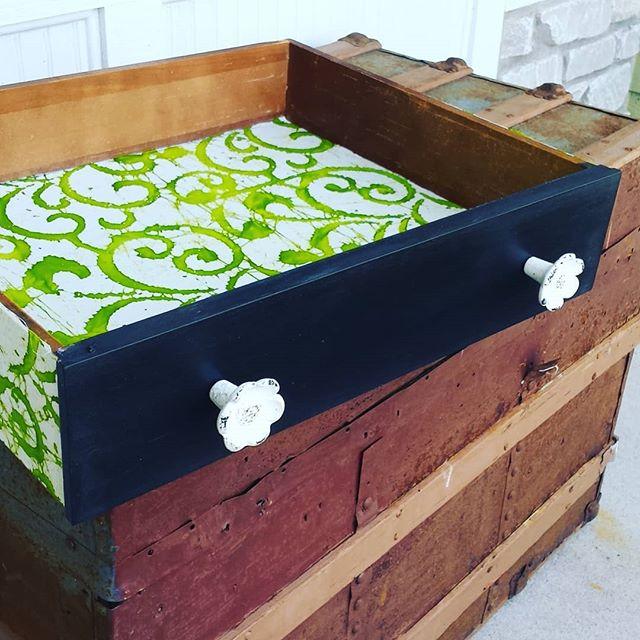 drawer pulls.jpg