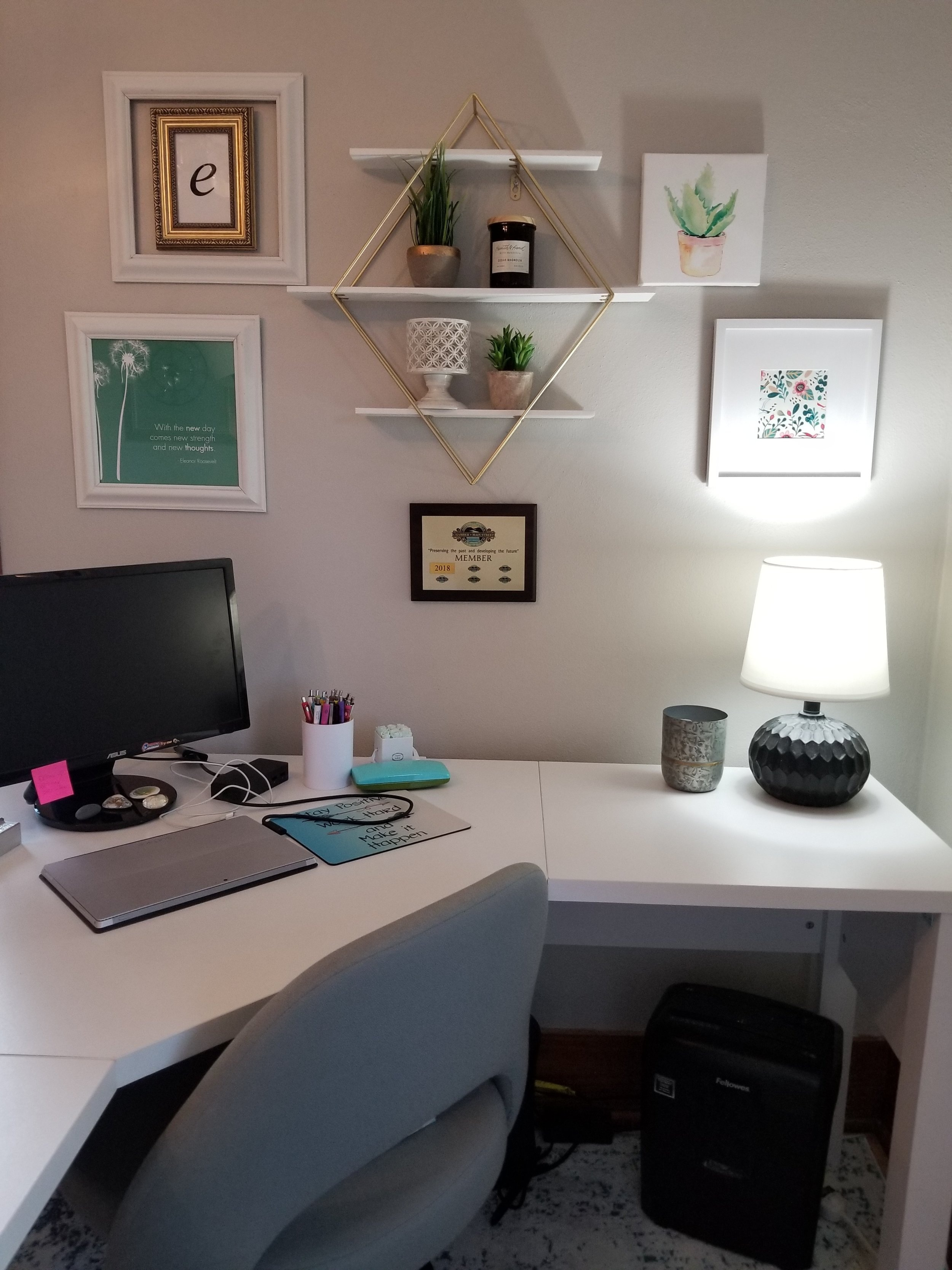 Desk+Wall.jpg
