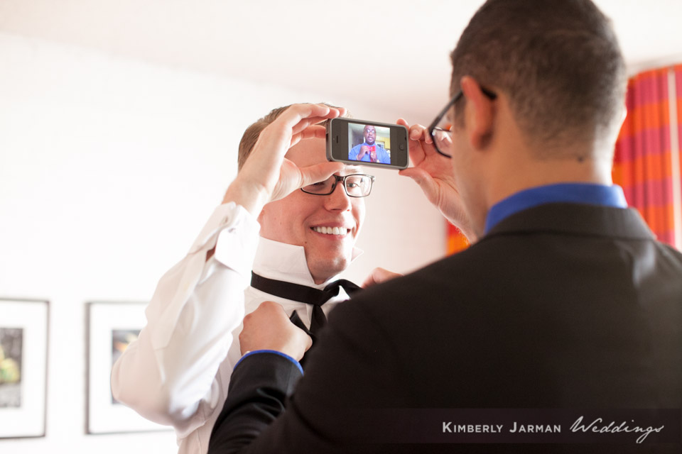 10 groom getting ready photos groom getting ready poses candid groom photos Kimberly Jarman Photography Life Design Events.jpg