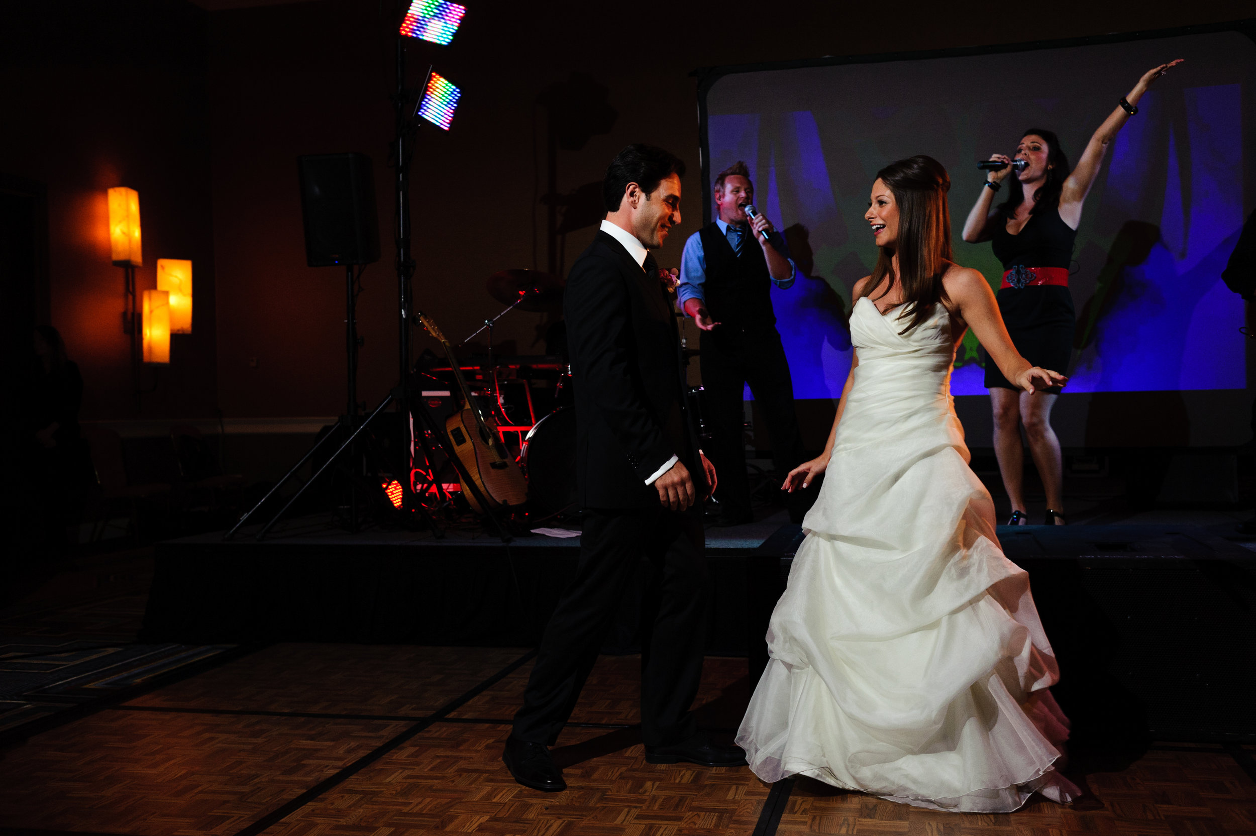 30 bride and groom first dance bride and groom on dance floor special moment with bride and groom Sergio Photography Life Design Events.JPG