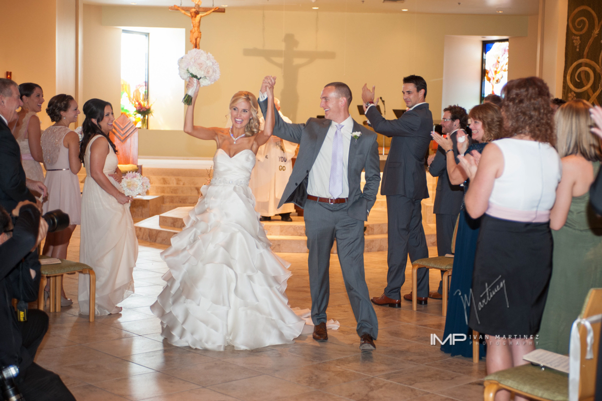 5 church ceremony small ceremony simple ceremony bride and groom first kiss Ivan Martinez photography Life Design Events.JPG
