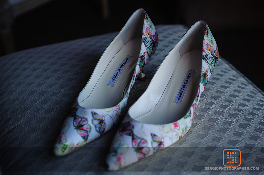 4 brides wedding shoes unique bridal shoes colorful bridal shoes butterfly wedding shoes Sergio Photography Life Design events.jpg