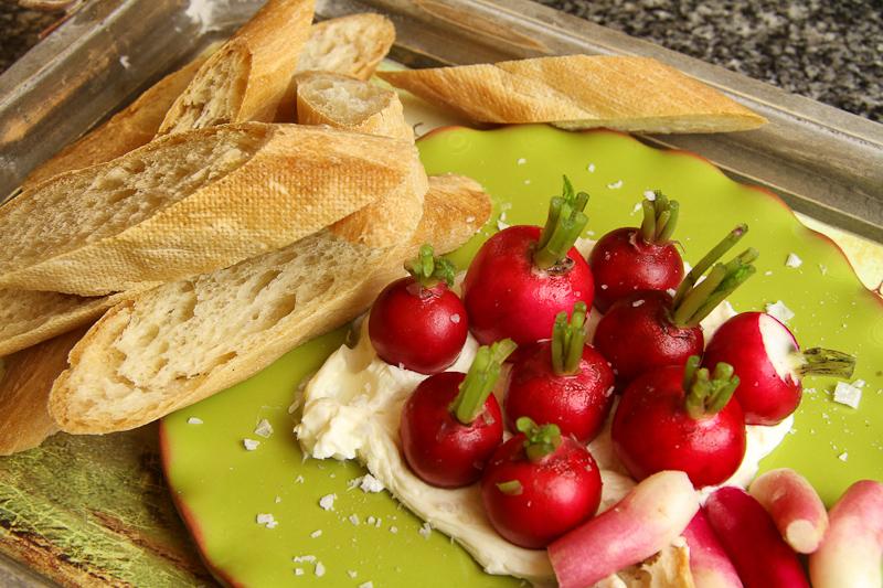 radish-with-bread-2