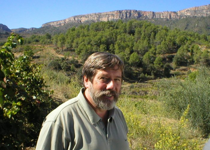 An eminent name in Spanish wine, René Barbier is the founder of Clos Mogador, one of the great wines of Priorat.