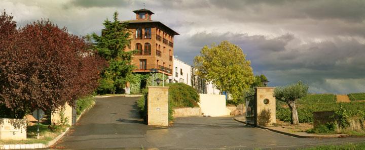 Great photo here of Bodega Beronia, one of the gorgeous wineries set in the La Rioja Alta region of La Rioja.