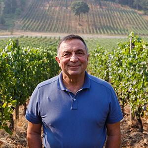 Great photo here of one of Oregon wine's iconic figures, Moe Momtazi.
