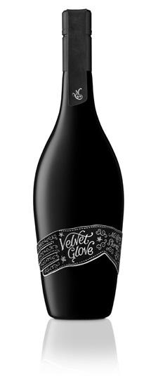 Mollydooker 2017 Velvet Glove.jpg
