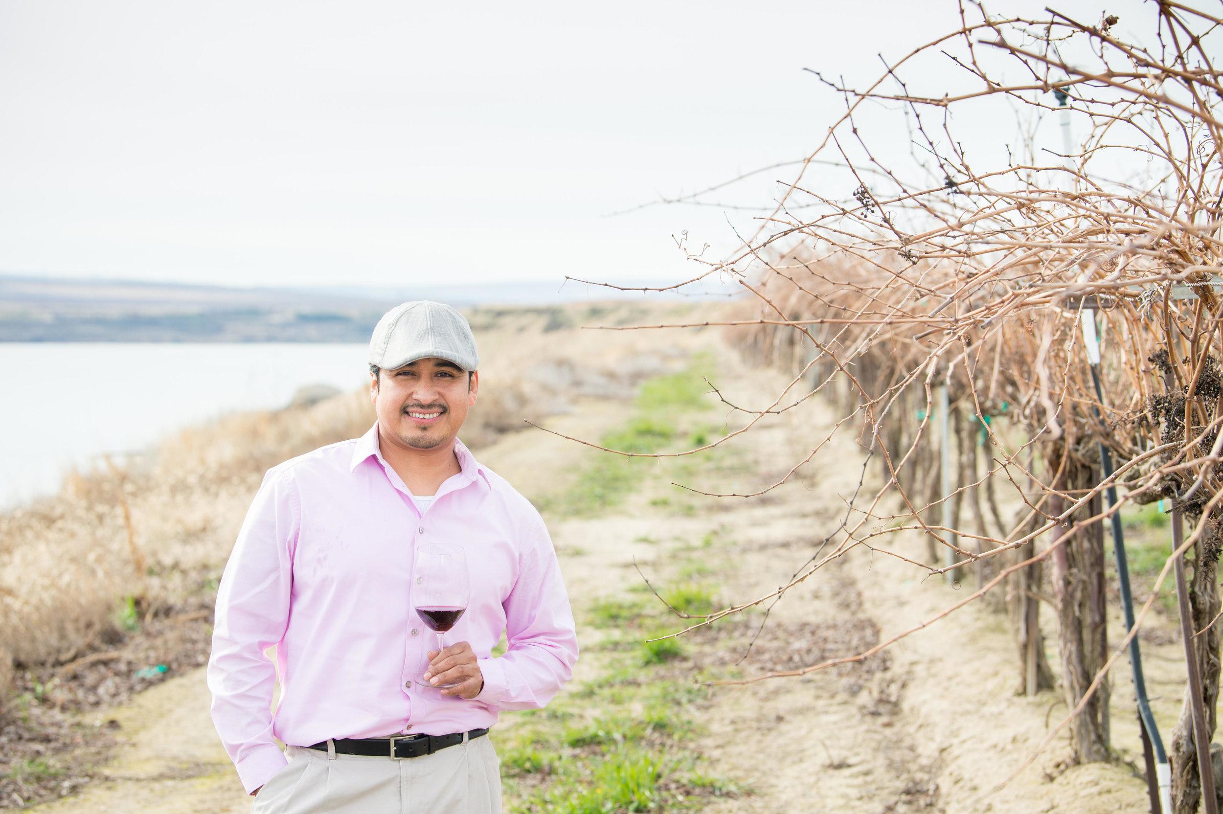 Fantastic photo of Victor de la Luz, the talented winemaker for Gordon Estate and De La Luz Wines.