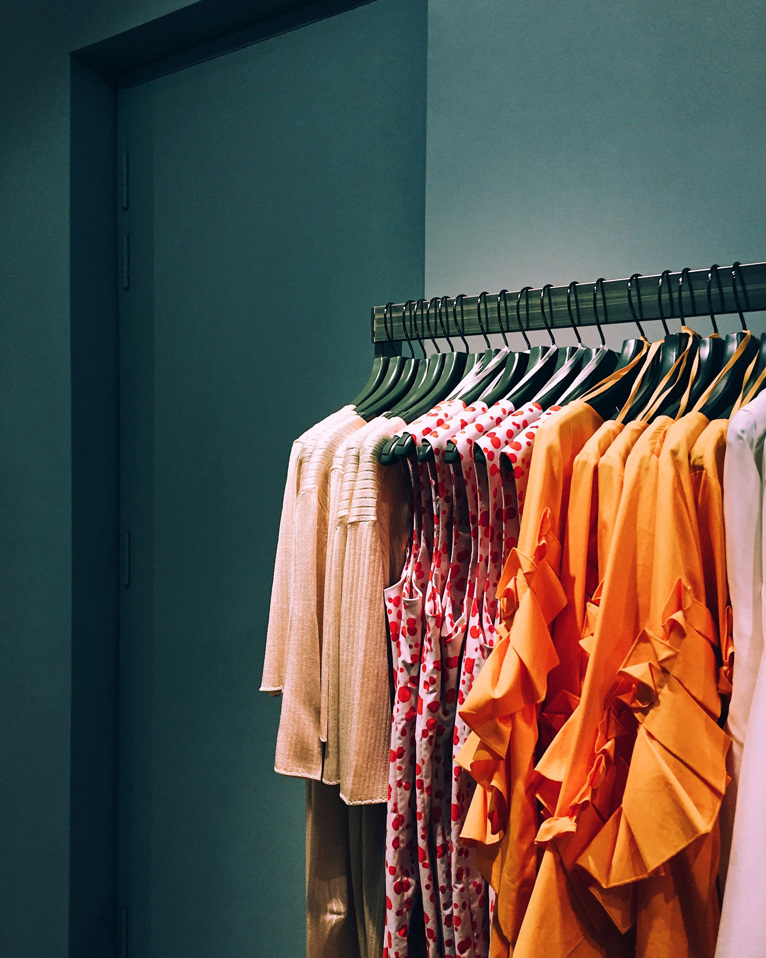 Use blog posts as an effective way to share fashion expertise.