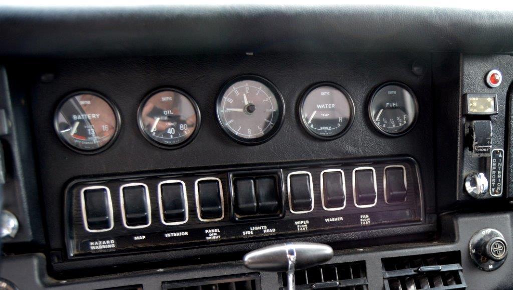 SELLER-1974 RED XKE 007 A.jpg