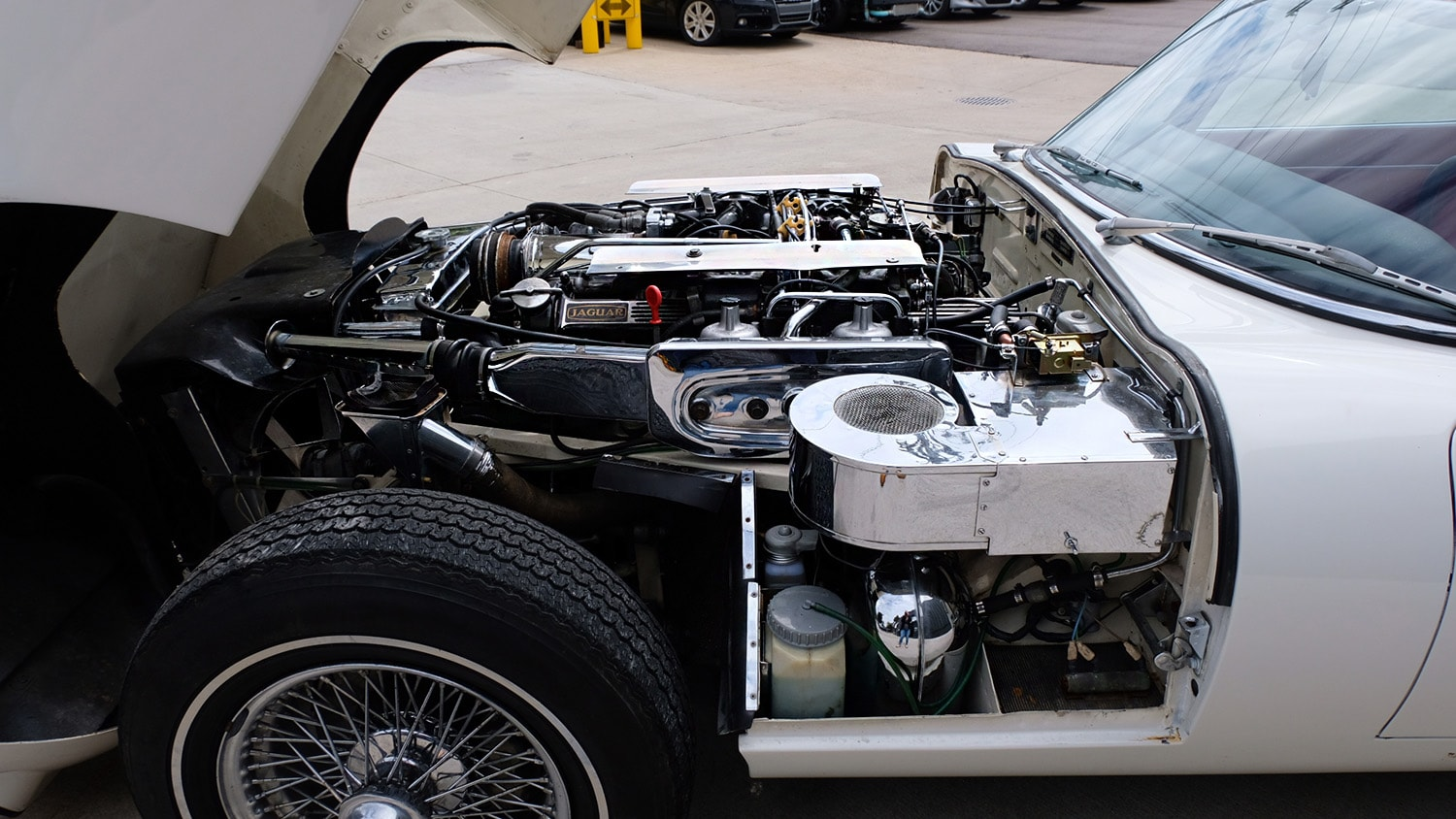 1972 Jaguar XKE Convertible Engine.JPG