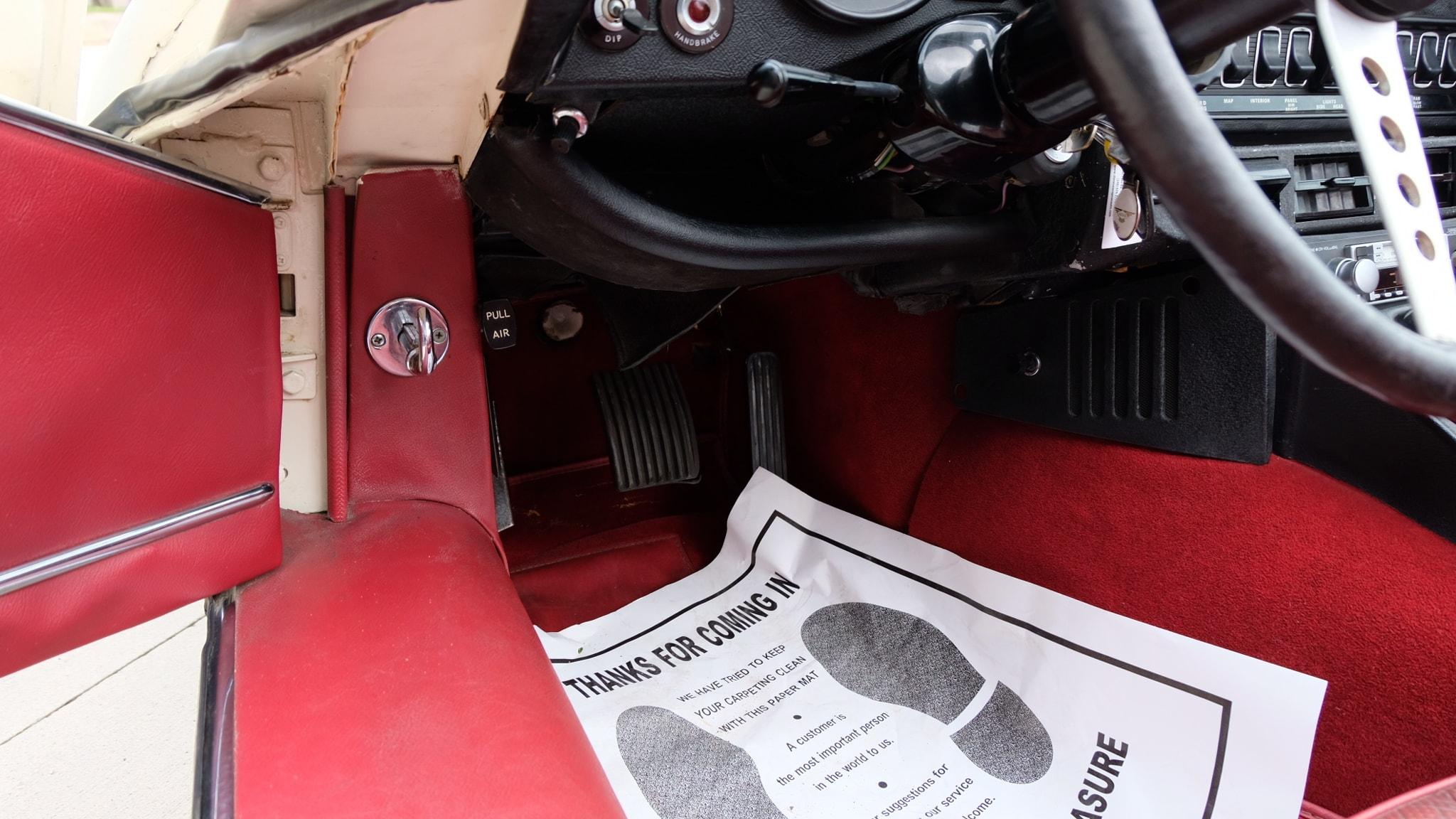 1972 Jaguar XKE Convertible Pedals.JPG