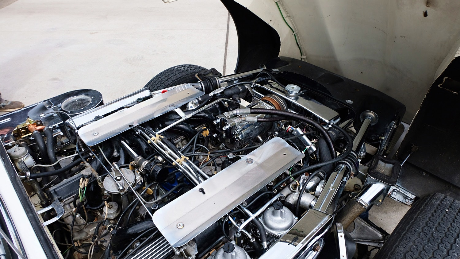 1972 Jaguar XKE Convertible V12 Engine.JPG