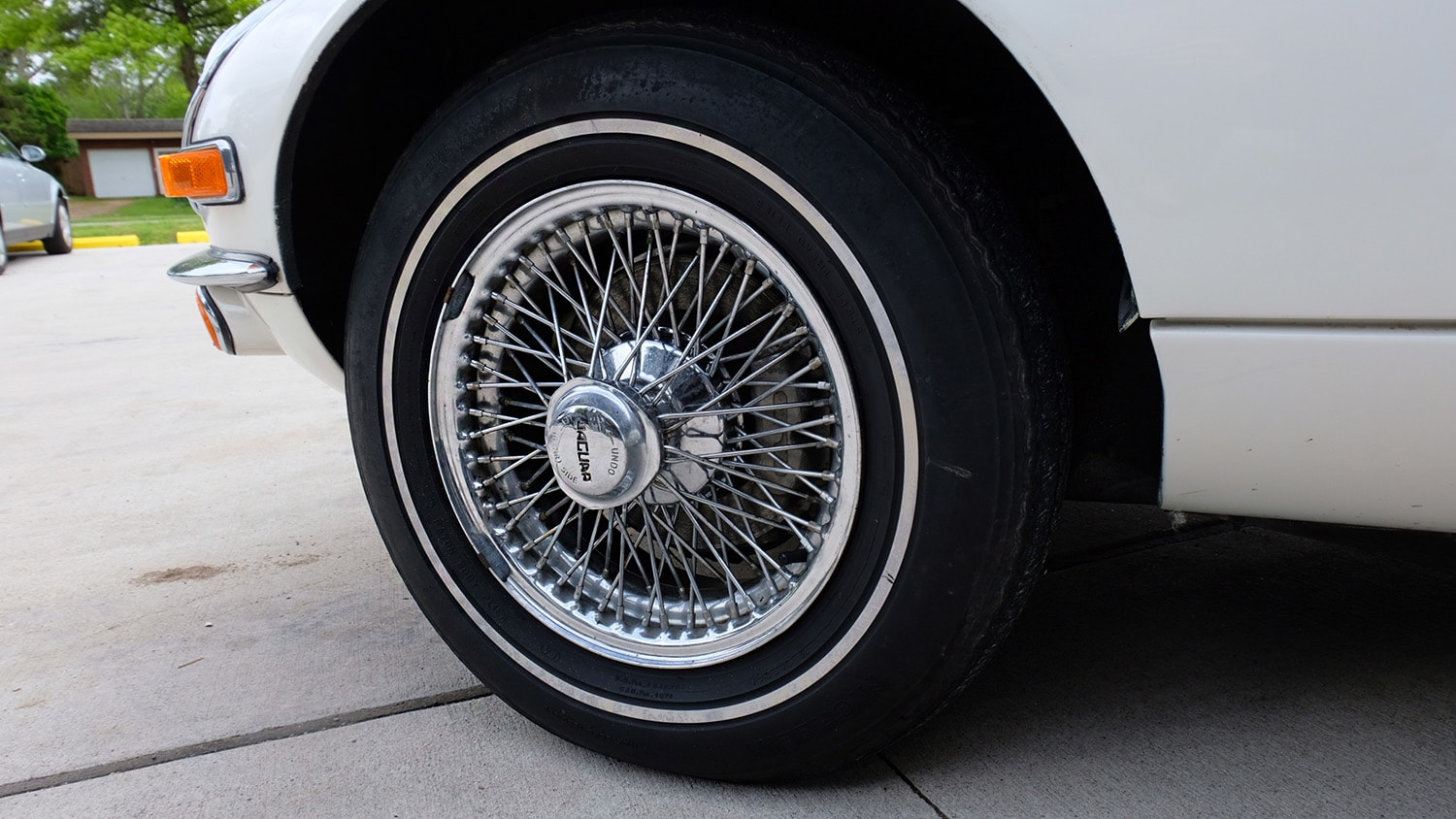 1972 Jaguar XKE Convertible Wheel.JPG