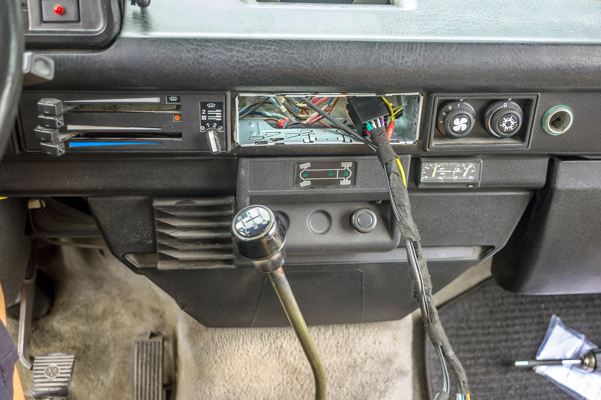 We updated the sound in this 1987 Volkswagen Vanagon ... on stereo wiring kit, auto stereo harness, stereo cable, stereo wiring adapter, seat belt harness,