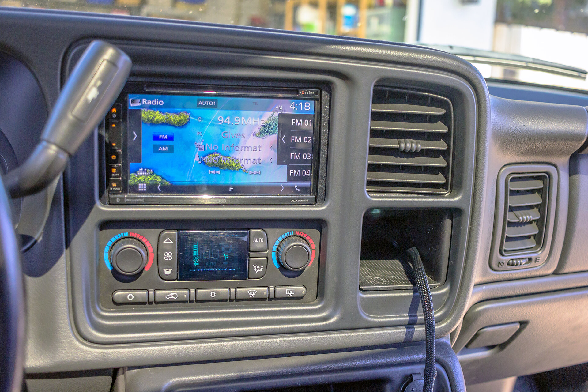 We Installed A Kenwood In This 2003 Chevrolet Avalanche Twelve Volt Technologies