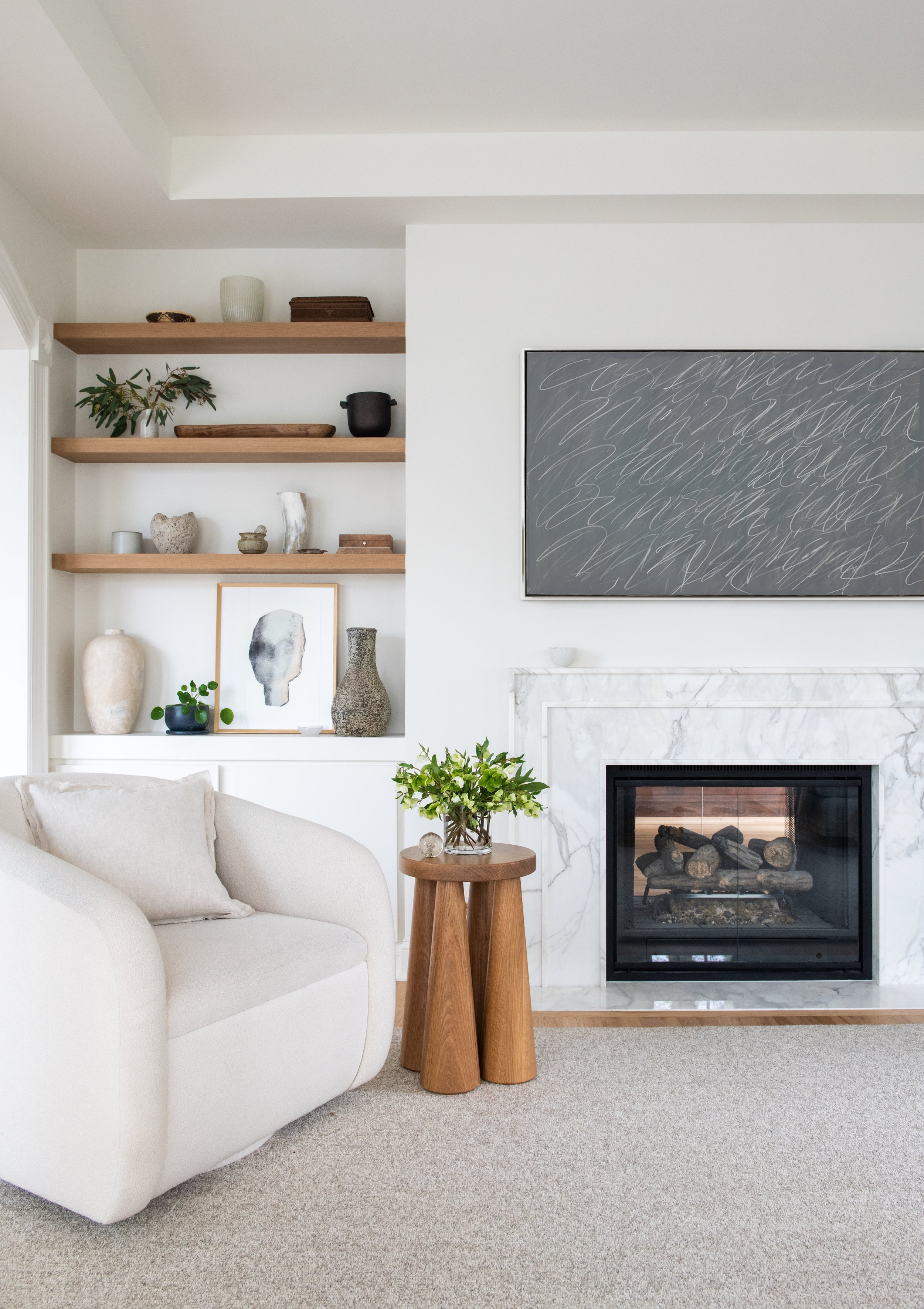 LAVA-INTERIORS-MANOR-ROAD-RIDGEWOOD-NEW-JERSEY-LIVING-ROOM-FIREPLACE-HOUSE-HOME-RENOVATION.jpg