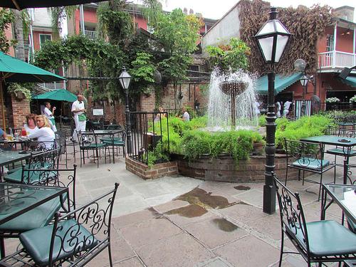 pat-os-courtyard.jpg