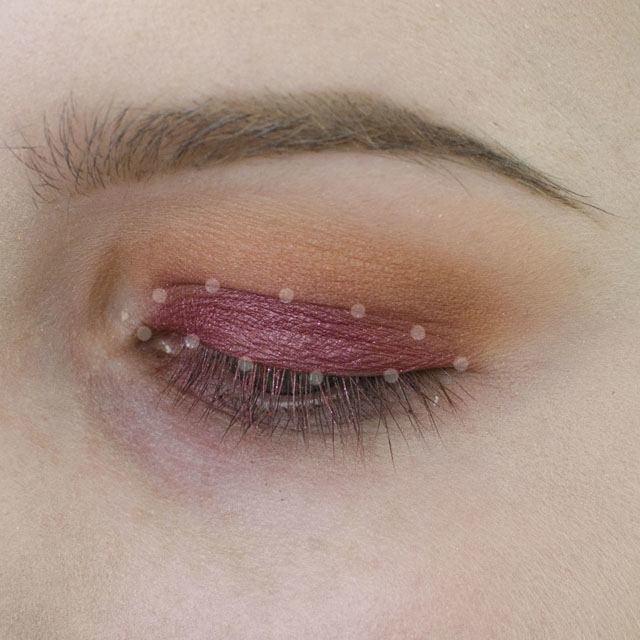 Warm and Burgundy Eyeshadow with Nude Lips