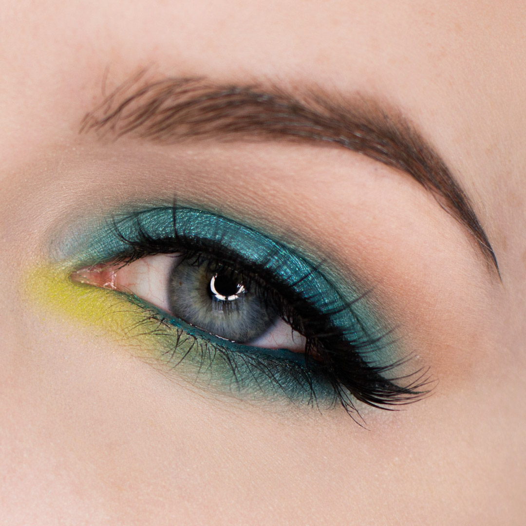 Turquoise and Lime Green Eyeshadow Makeup Tutorial