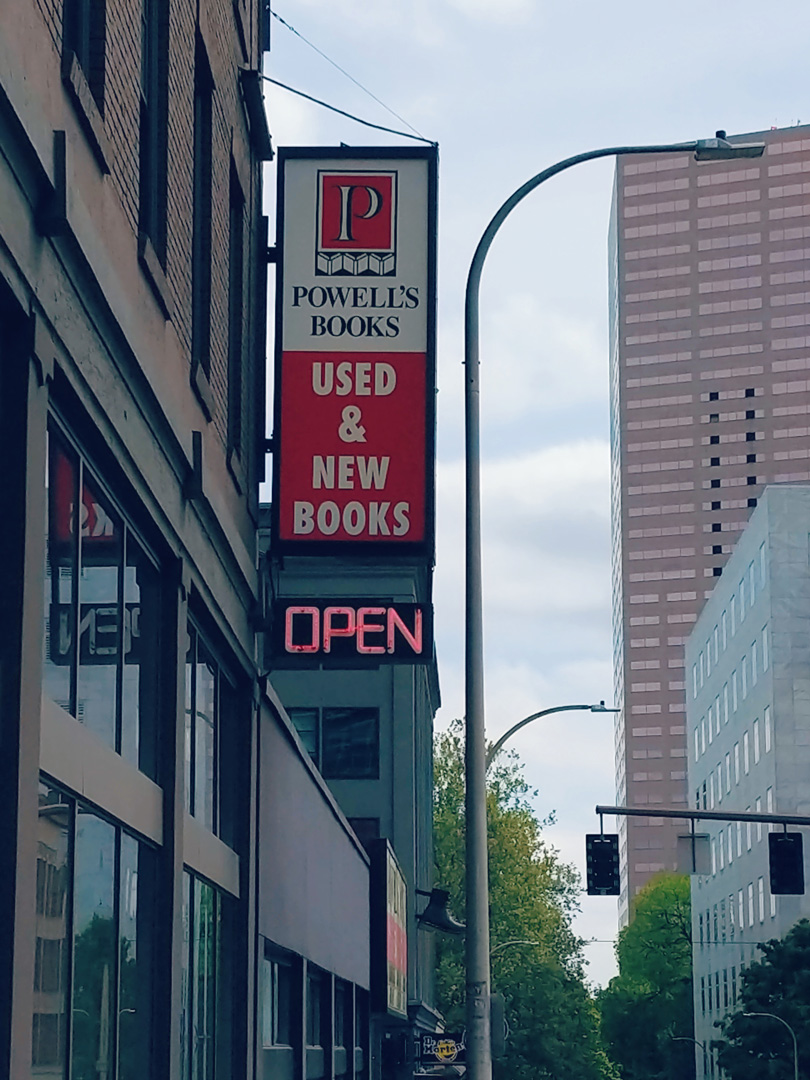 powells-bookstore-portland.jpg