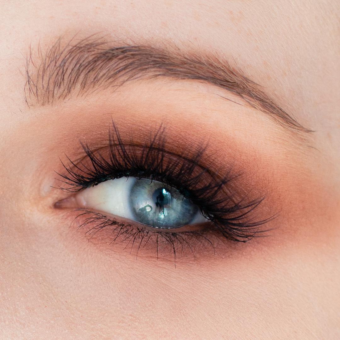 Night-Out-Glam-Warm-Step-by-Step--Eyeshadow-Tutorial-final-look-eye.png