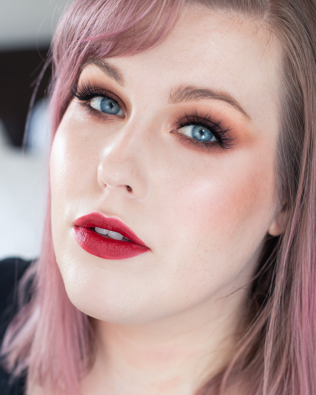 Night-Out-Glam-Warm-Step-by-Step--Eyeshadow-Tutorial-final-look-2.png