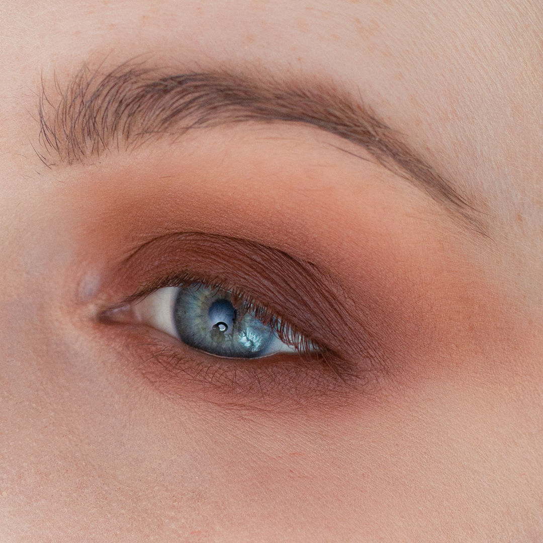 Night-Out-Glam-Warm-Step-by-Step--Eyeshadow-Tutorial-step-6.png