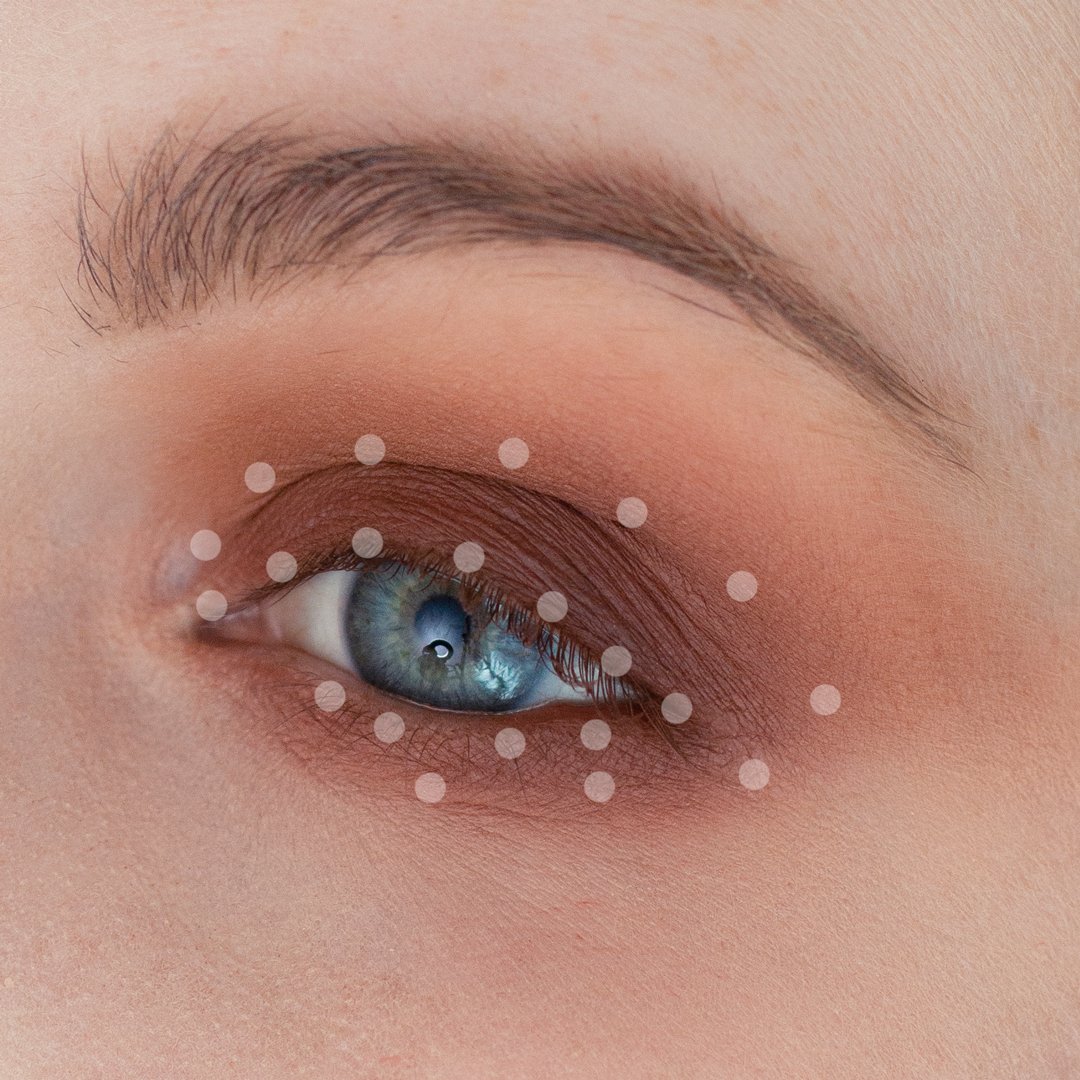 Night-Out-Glam-Warm-Step-by-Step--Eyeshadow-Tutorial-step-6dots.png