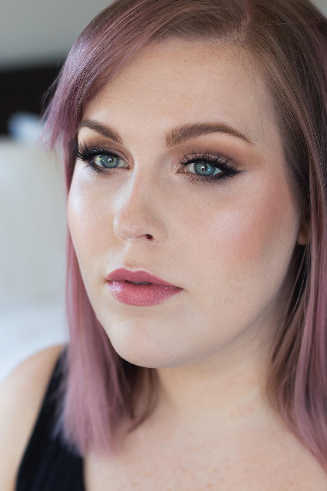 Step-by-Step-Soft-Smoky-Liner-Glamorous-Eye-shadow-Tutorial-lashed-pink-lip.jpg