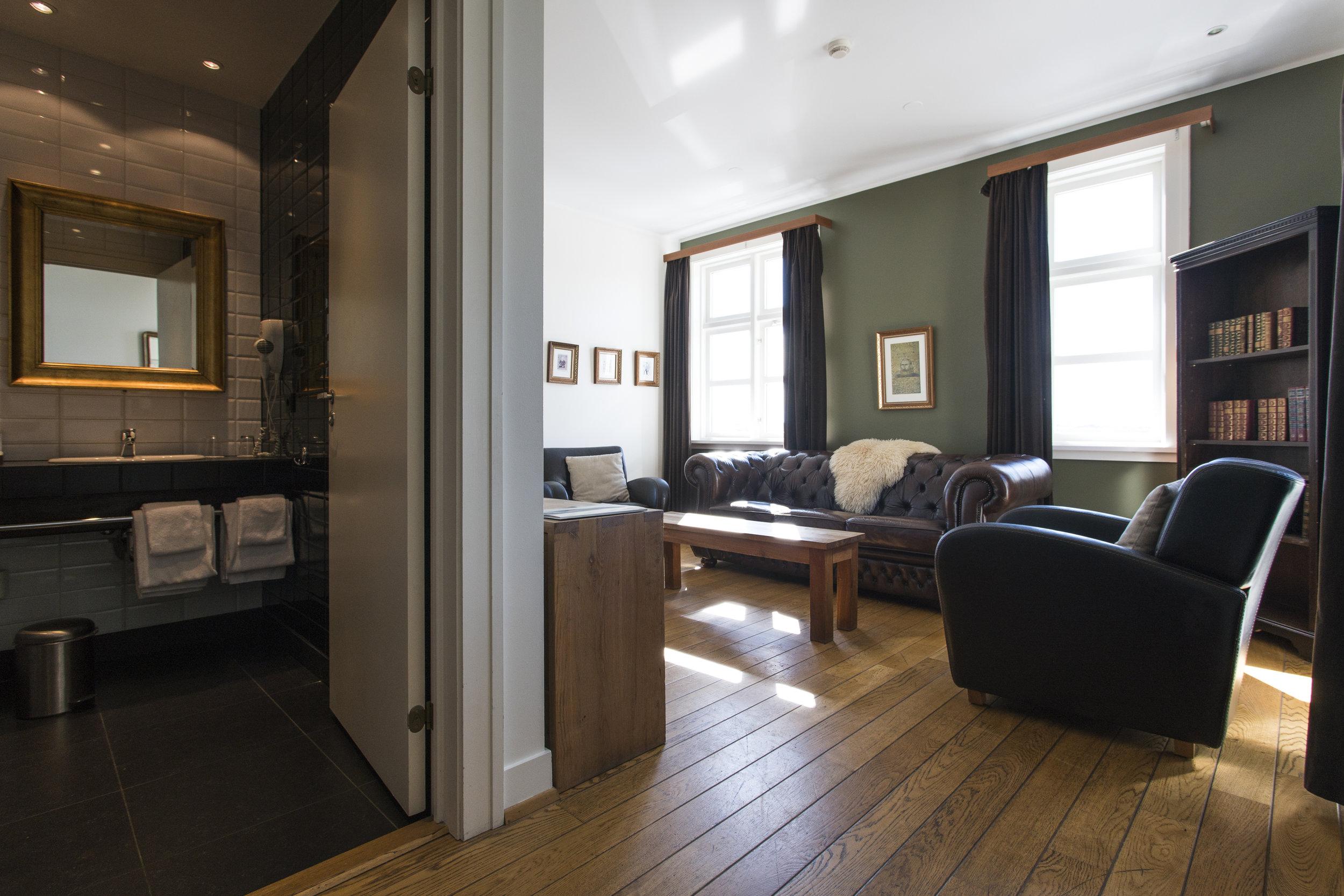 Suite11 (3).jpg