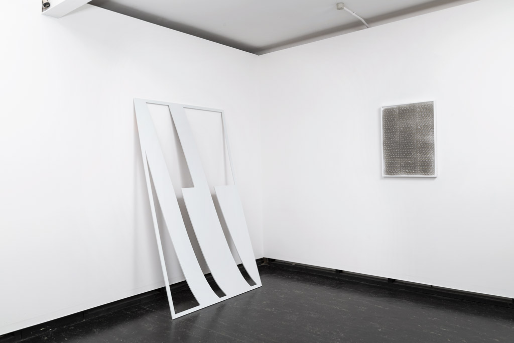 Global Tone , 2015, installation view.