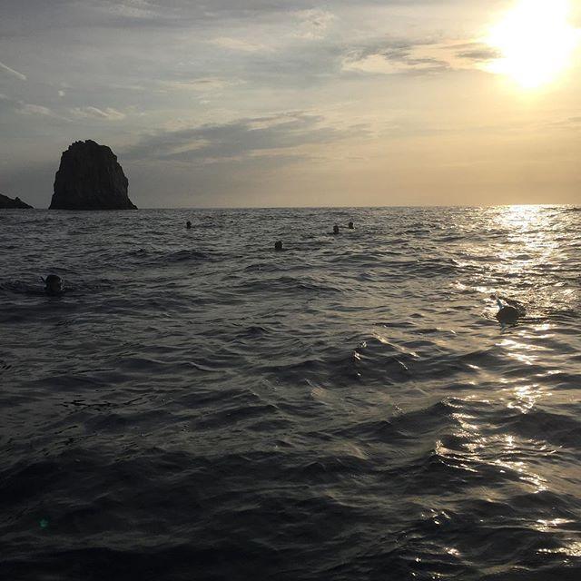 Soirée Snorkeling Capo Rosso #coucherdesoleil#randonnée#masque#sea#