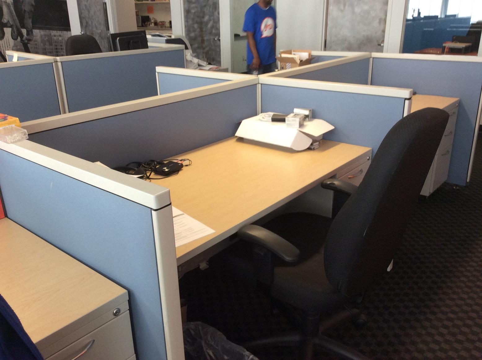 60x30 workstations - NYC Blue.JPG