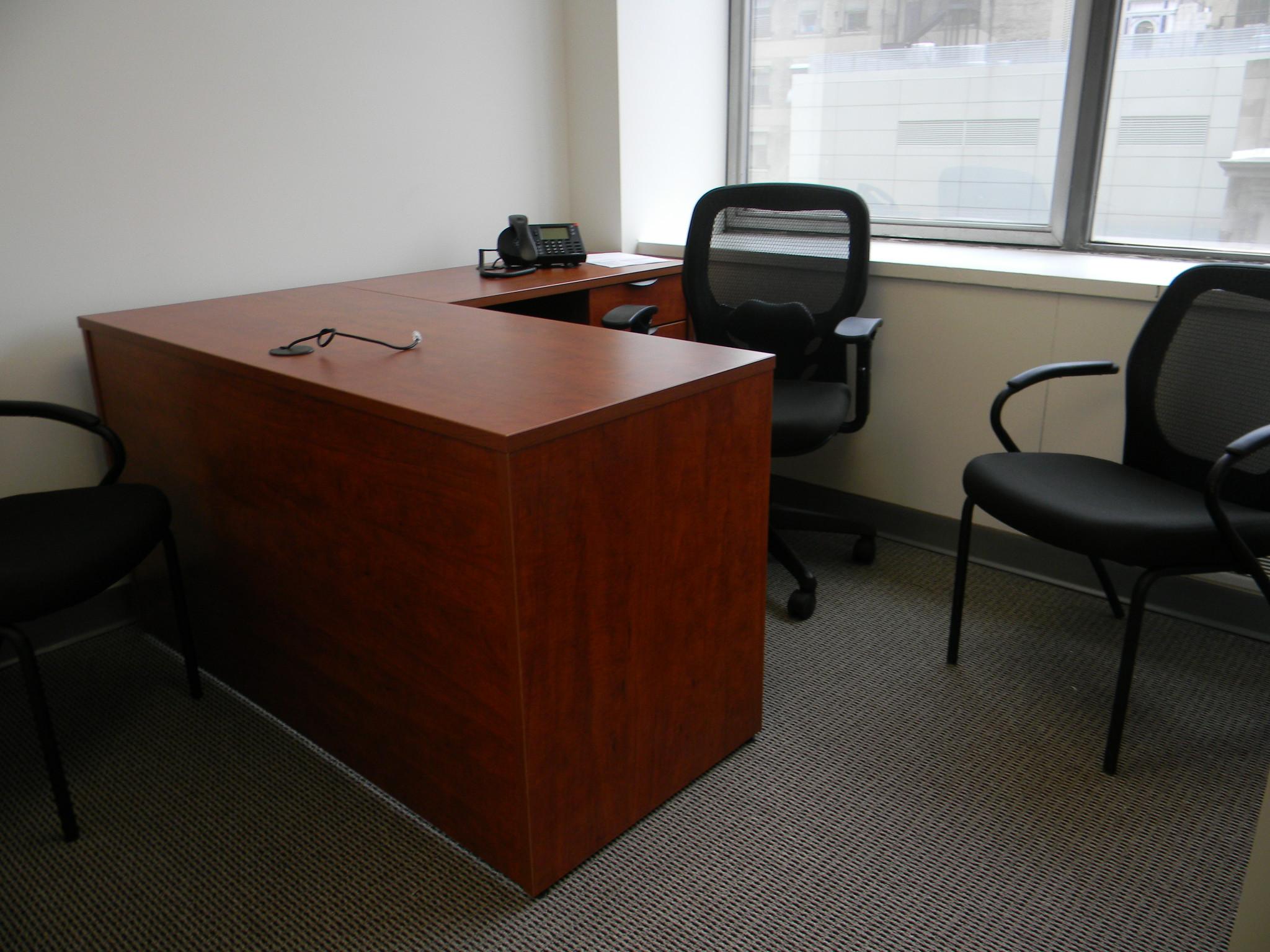 54x24in desk with 36in return - rum cherry .JPG