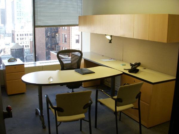 NYC_furniture_liquidation_2_-600x450.jpg