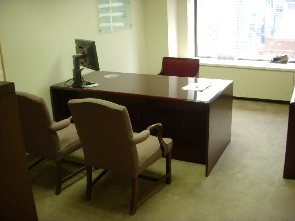 used_office_furniture_42_-600x450.jpg