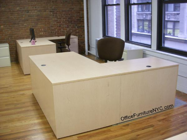 Laminate Desk in Maple finish