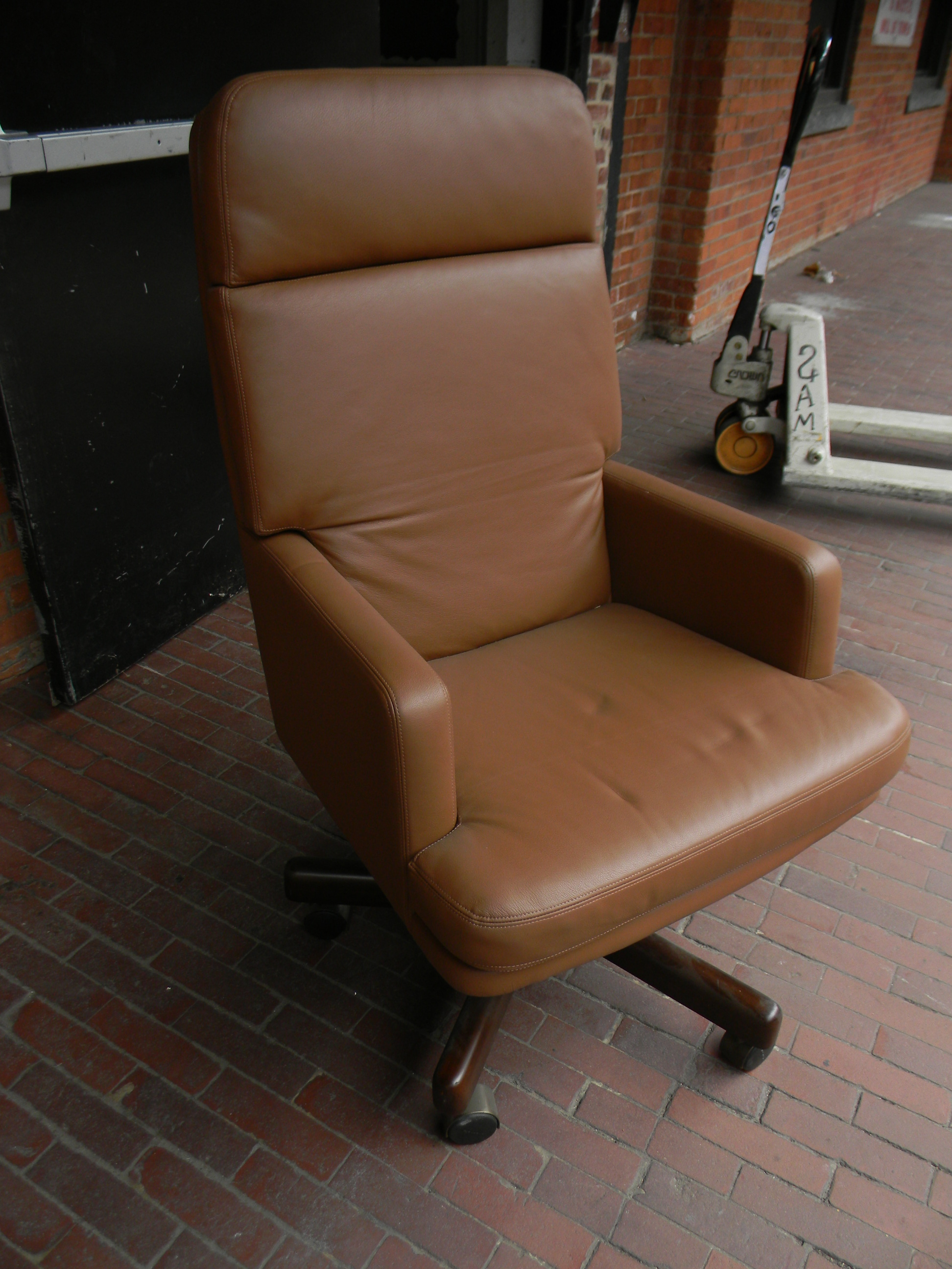 brown leather a.JPG