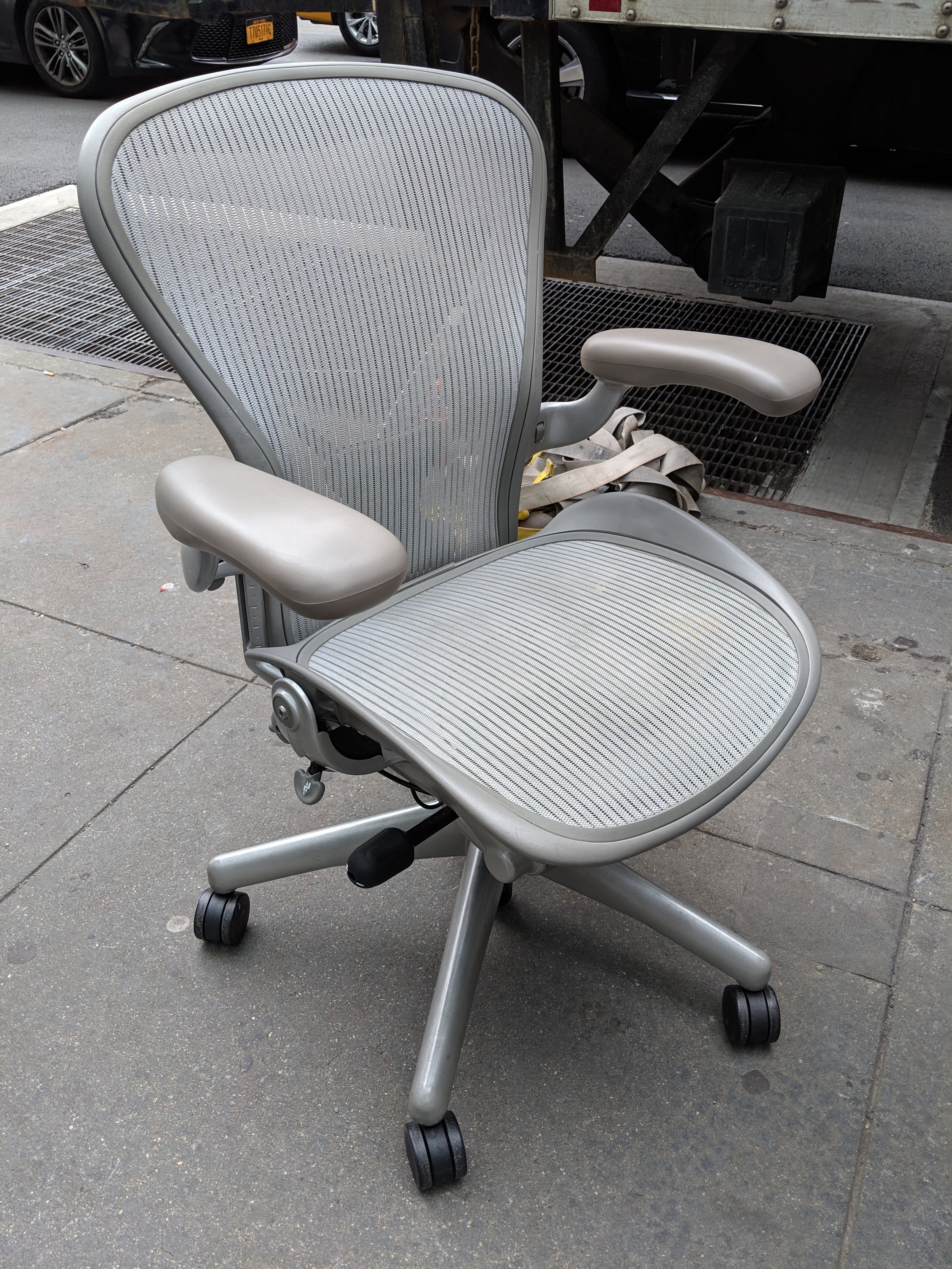Herman Miller Aeron in Platinum finish.jpg