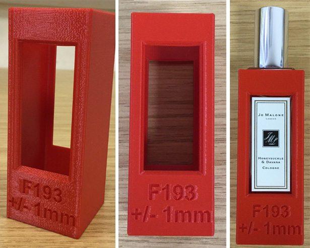 Flacon Jo Malone London étiqueté à l'aide de l'impression 3D