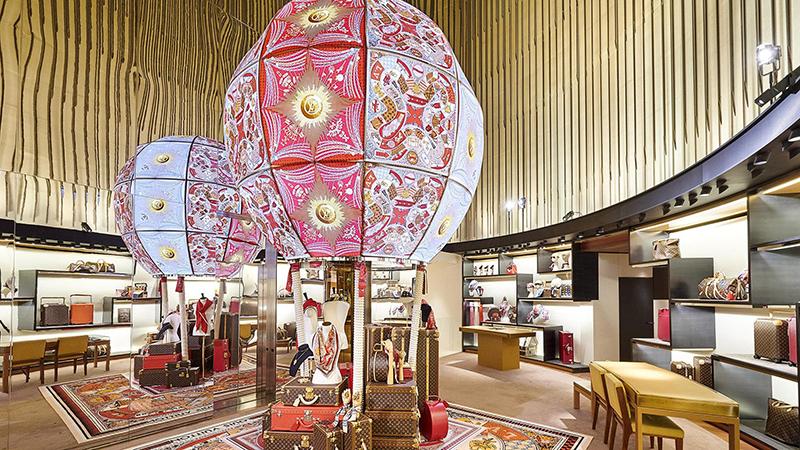Crédit : Louis Vuitton, espace accessoires à Paris
