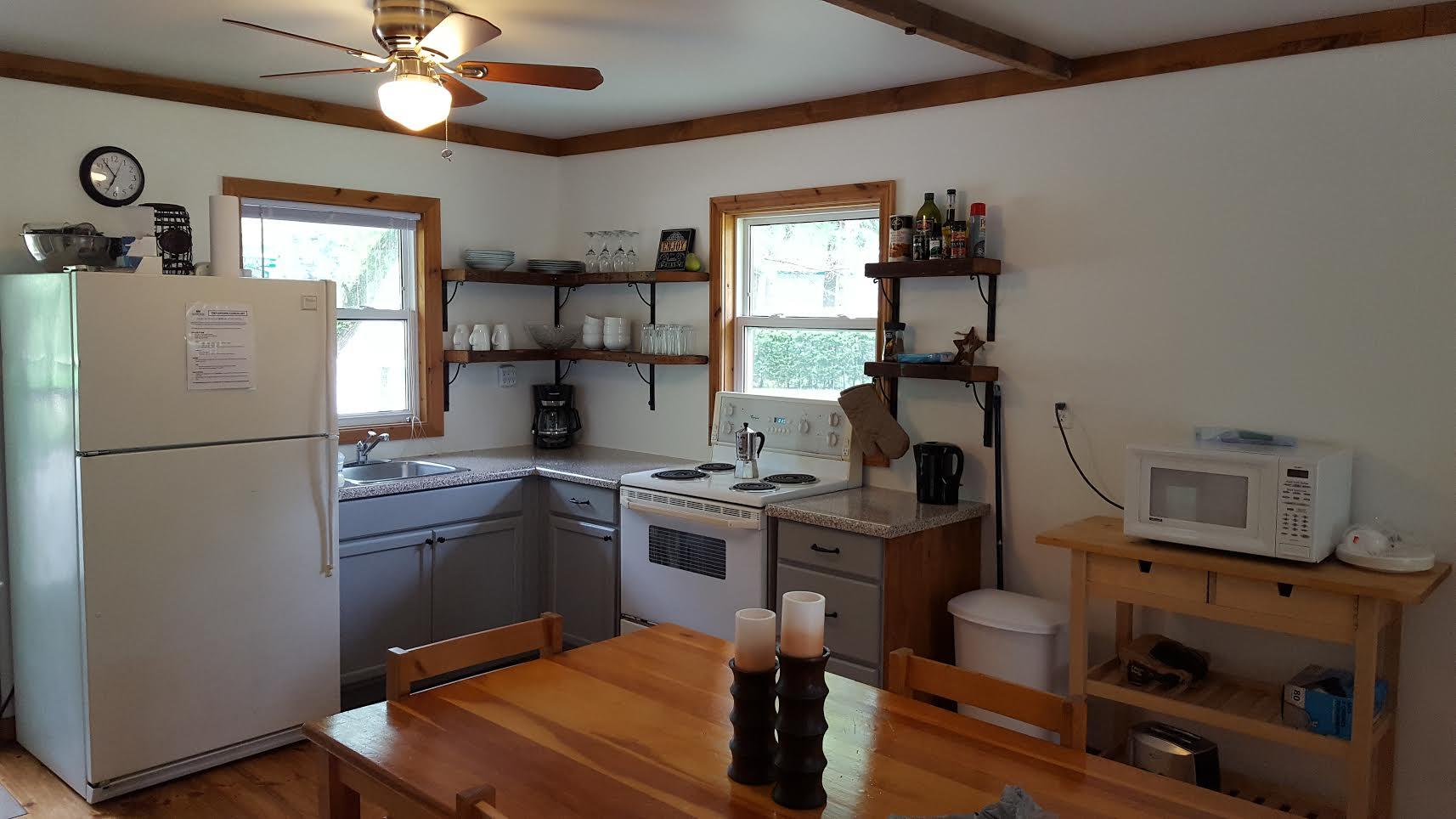 cottage 7 kitchen.png