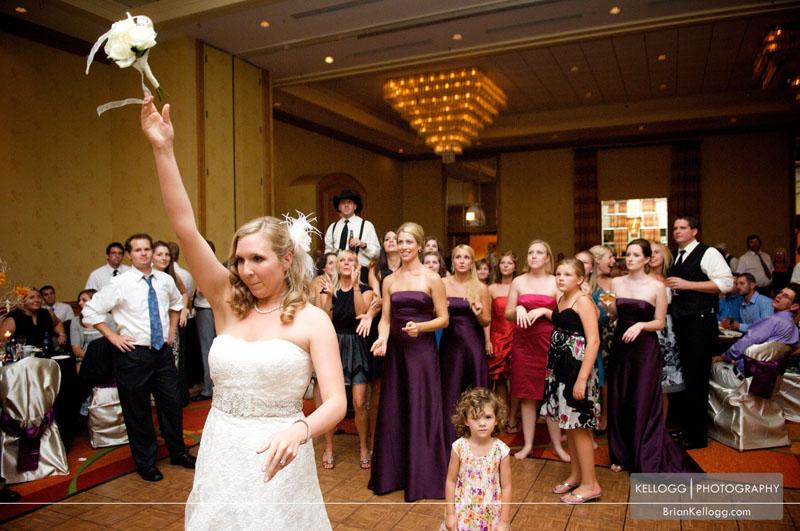 Renaissance Hotel Columbus Wedding bouquet toss