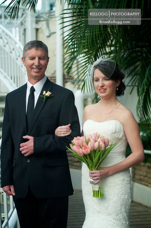 Franklin-Park-Conservatory-Wedding-7.jpg