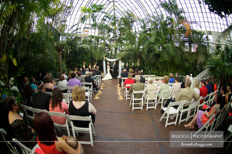 Franklin-Park-Conservatory-Wedding-9.jpg