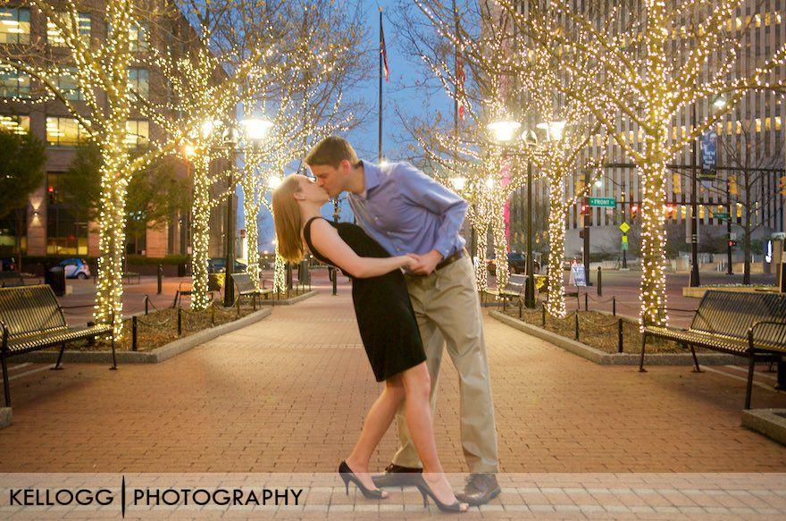Columbus-Ohio-Engagement-Photos-12.jpg