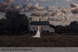 Everal-Barn-Westerville-Wedding-16.jpg