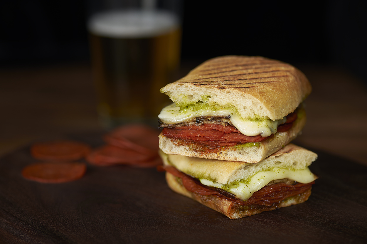 jll-photographies-Julie-Langenegger-Lachance-food-viau-fantino-mondello-recipes-recipes-inspiration-7-subway-sandwich.jpg