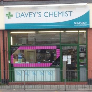 daveys_chemist_253_kensington.jpg